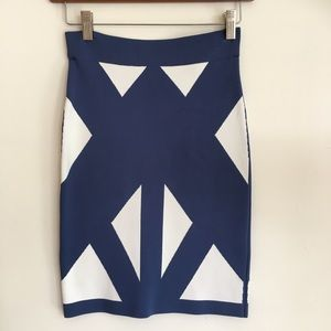 BGBC MaxAzria bodycon pencil skirt XS blue white📦
